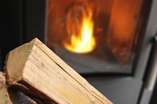 Bientôt un certificat relatif au chauffage au bois parmi les diagnostics immobiliers du DDT ?